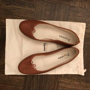 Repetto brown flats size 40
